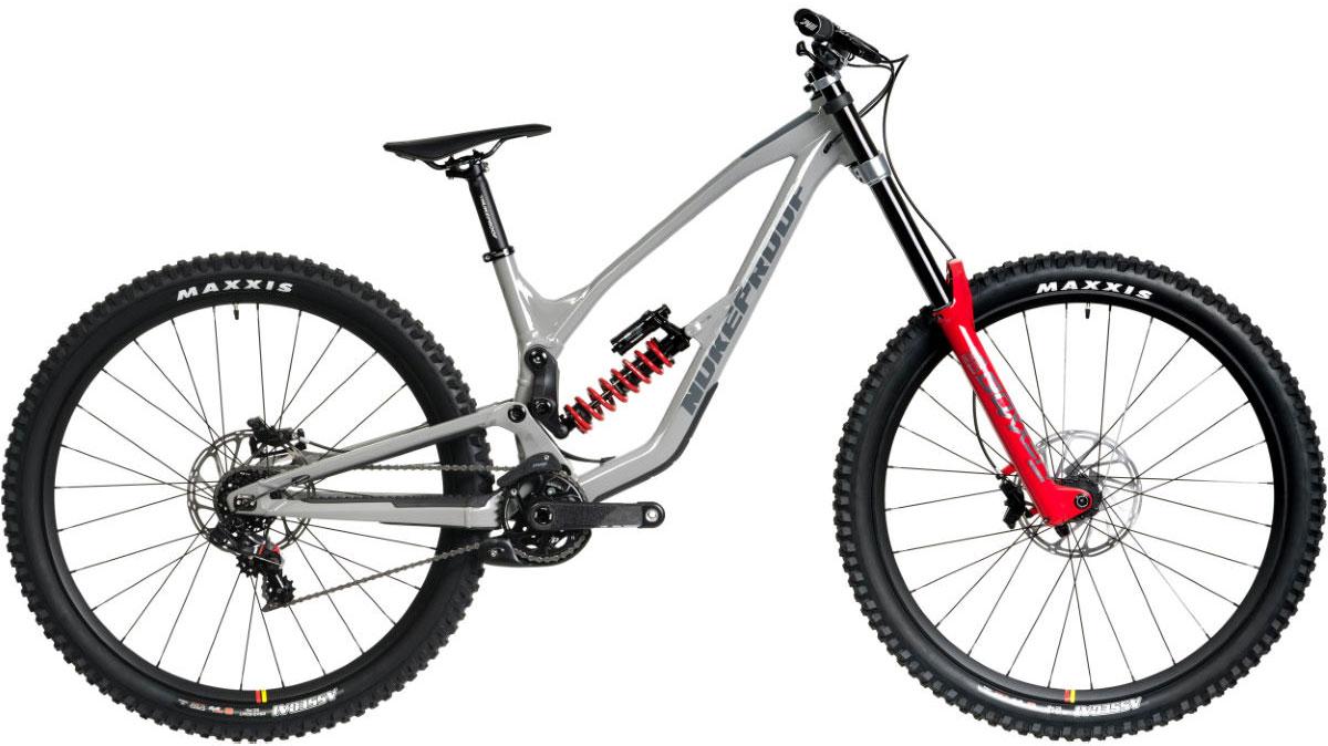 Bargain deal downhill descent bike